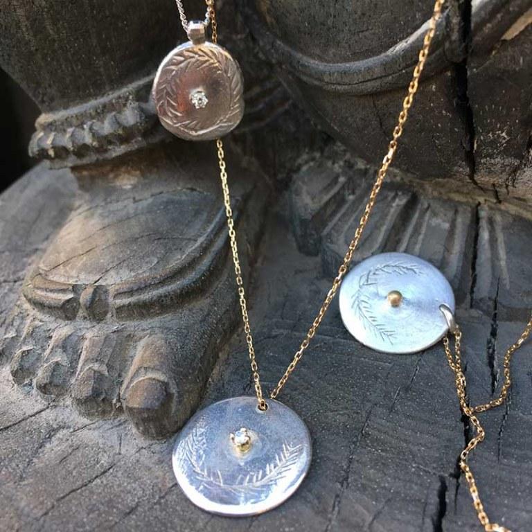 Des bijoux pour les filles en or ou argent