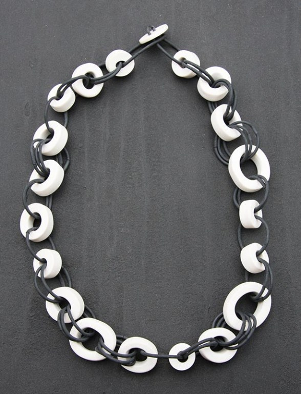 Collier Rond Oval