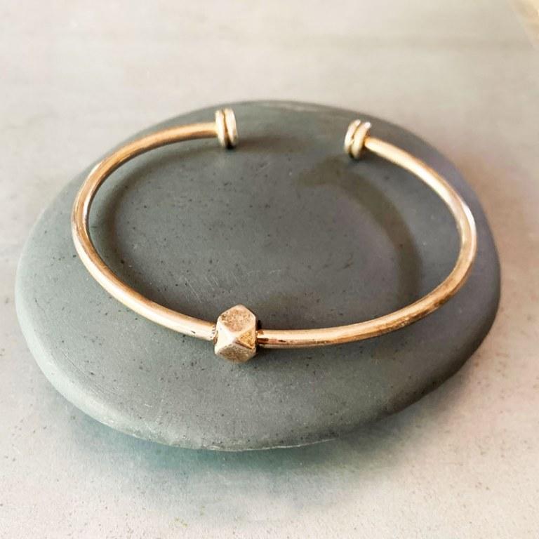 Bracelet Jonc rigide ouvert n°1