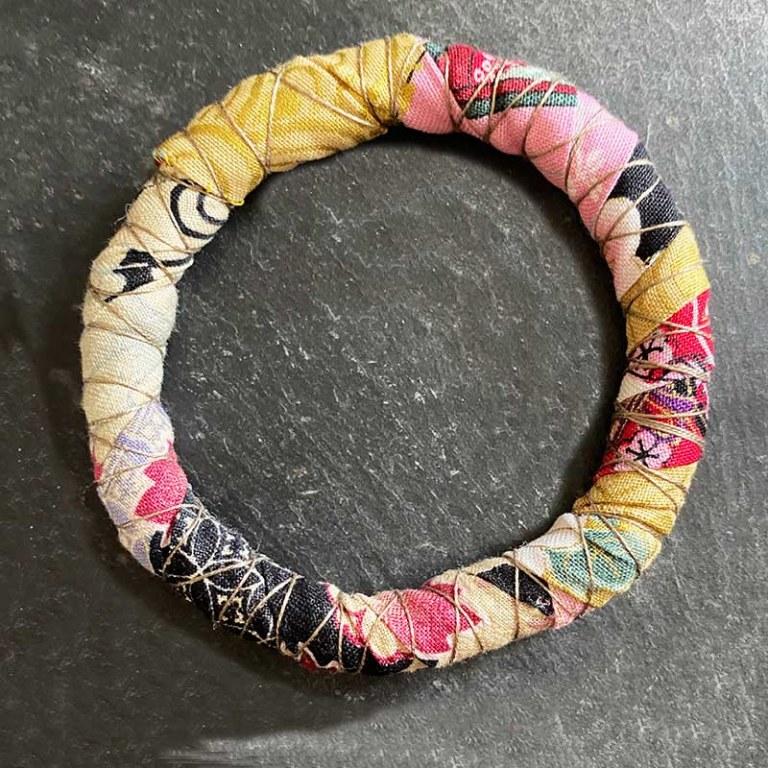Bracelet Jonc Textile jaune/noir/rose