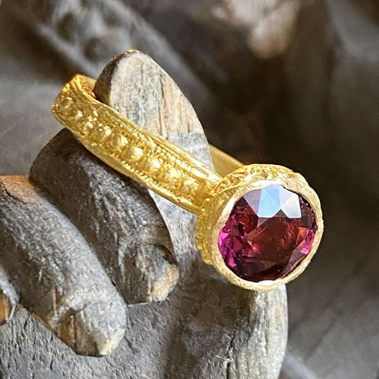 Bague Secret d'Orient Tourmaline Rose Lie de Vin
