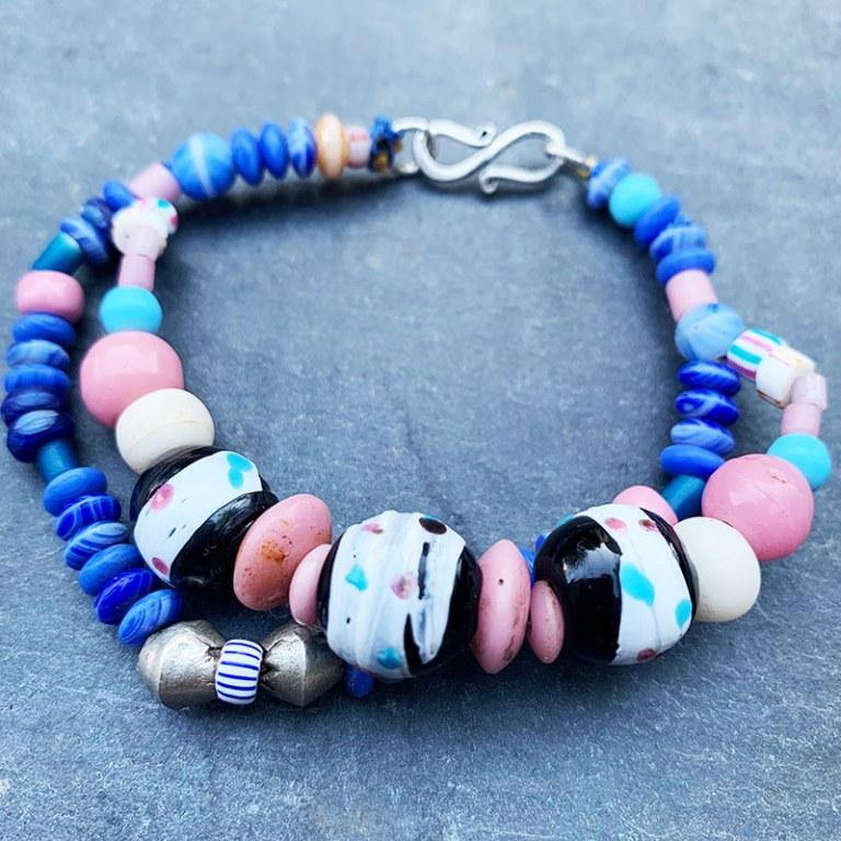 Bracelet Double de perles de verre anciennes Bleu/ Rose /Noir