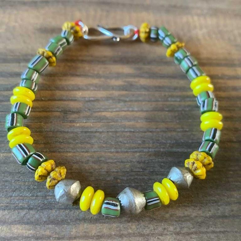 Bracelet Simple vert rayé jaune