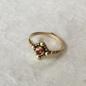 Bague Spinelle Granulation Or