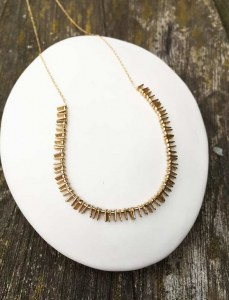 Collier Bia