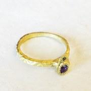 Bague Fine Saphir violet