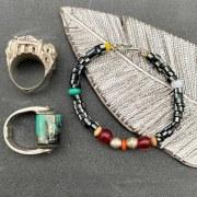 Bracelet de perles de verre africaines blanc/noir