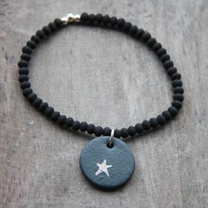 Bracelet noir mat/étoile platine/exclusivité
